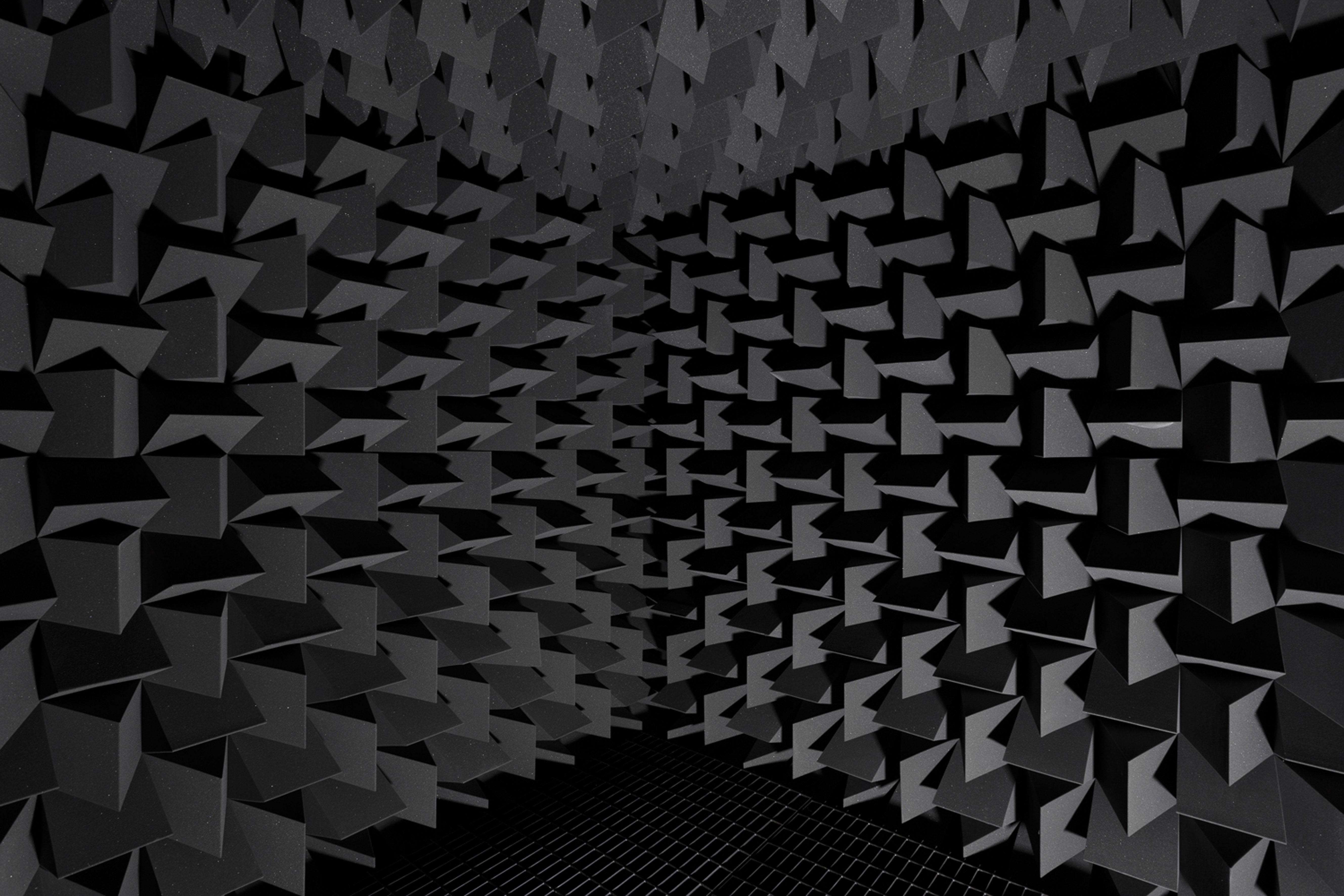 Haroon Mirza hrm199_Chamber for Endogenous DMT (Collapsing the Wave Function), 2017. Tim Bowditch, courtesy the artist and ZC Low Res-7734